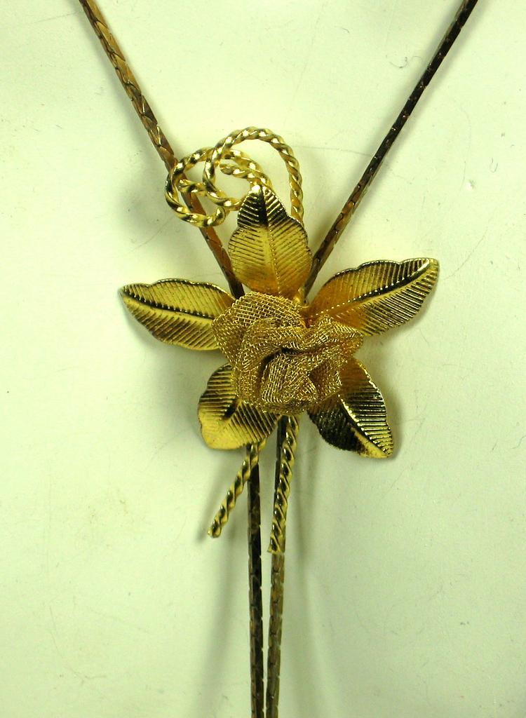 Gold Tone Slide Mesh Flower Necklace
