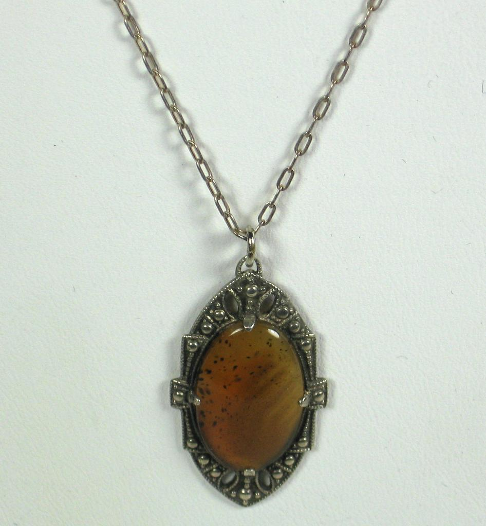 Vintage 925 Sterling and Agate Cabochon Necklace