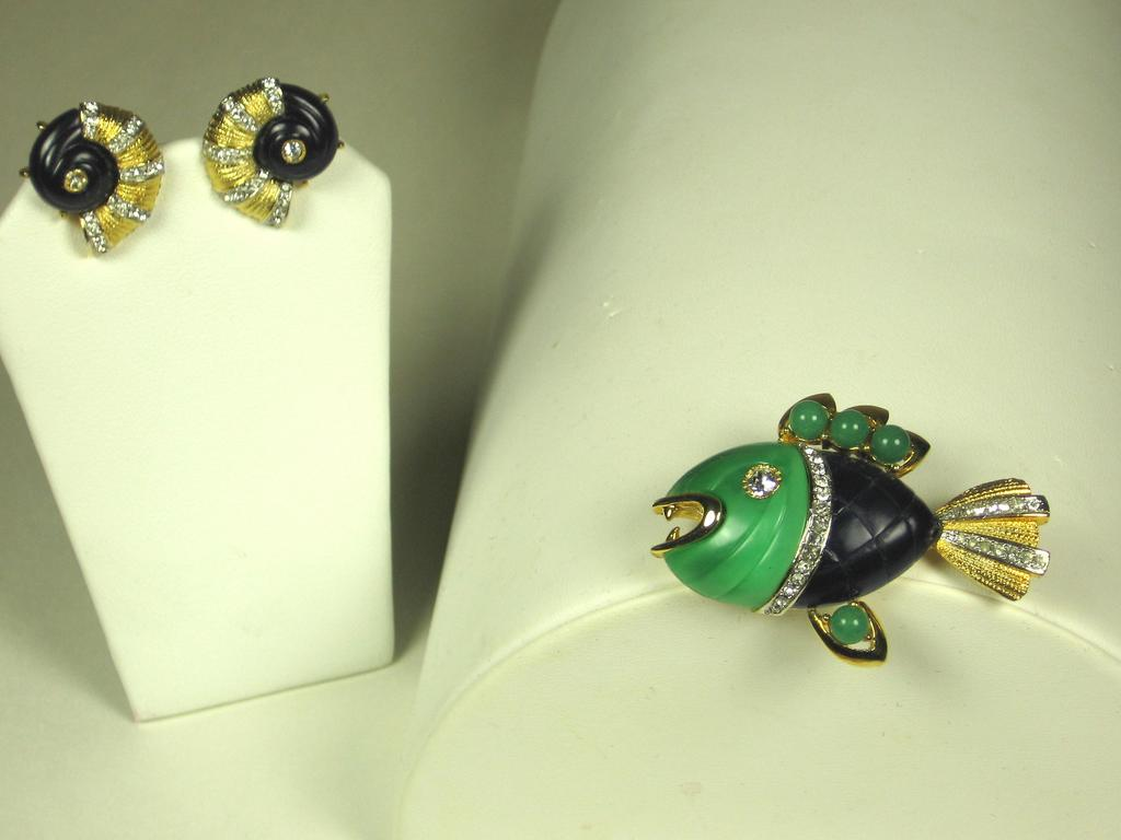 Hattie Carnegie Puffer Fish Pin and Conch Shell Earrings