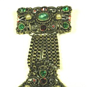 Vintage Unsigned Hollycraft Jeweled Badge Brooch with Imitation Pearls
