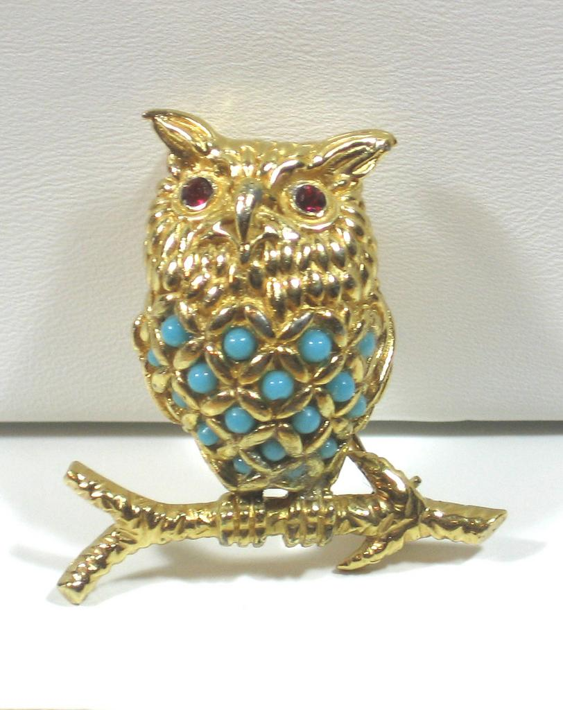 Vintage Ciner Turquoise Glass Bead Perched Owl Pin