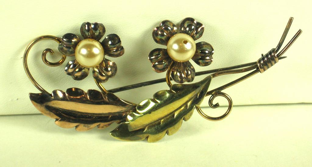 Van Dell 12K Gold Filled Pin on Sterling with Imitation Pearls