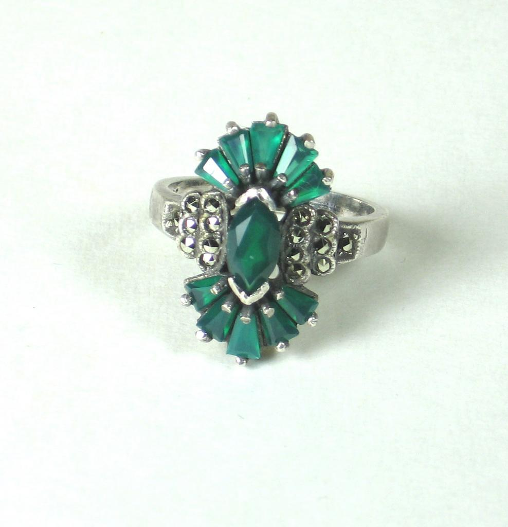 Vintage 925 Sterling and Marcasite Ring