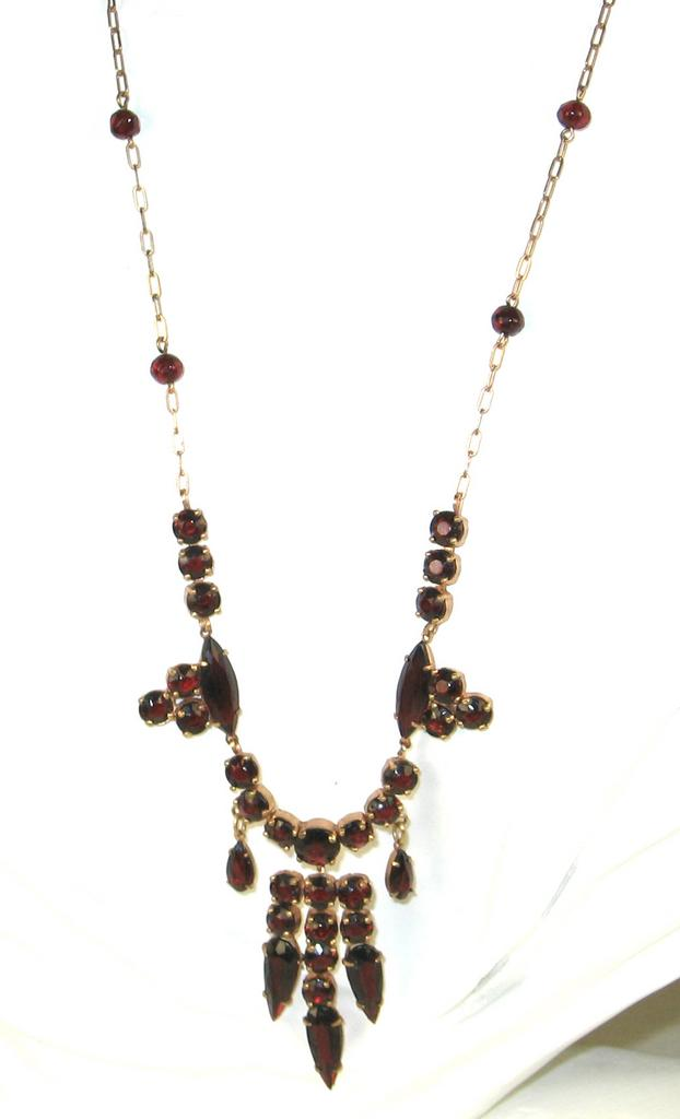 Bohemian Garnets Dangle Necklace