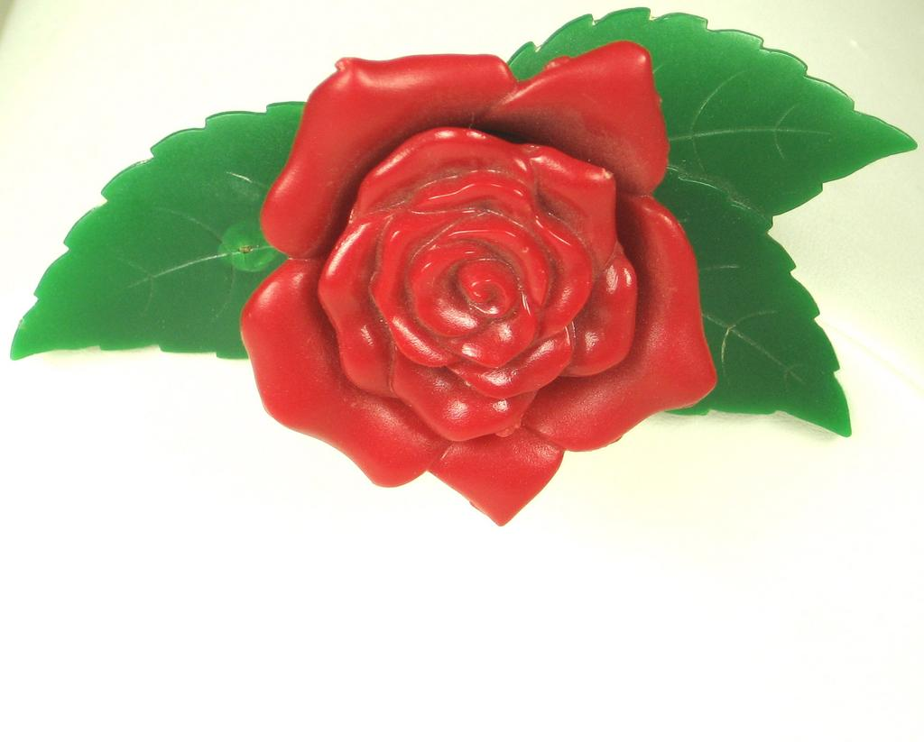 Early Plastic Cauver Chicago Rose Floral Pin
