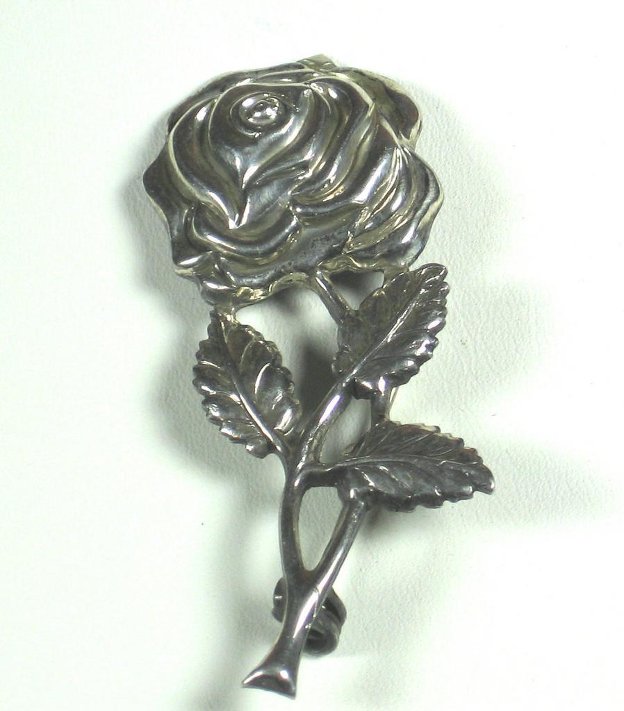 Lang 925 Sterling Metal Flower Pin
