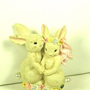 Vintage Imitation Pearl Bunnies Pin