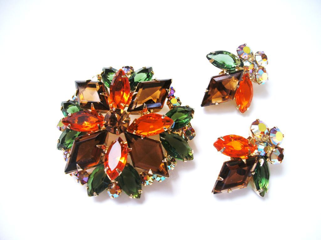 Vintage Fall Color Rhinestone D&E Juliana Brooch & Earrings