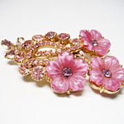 Verified D&E Juliana Pink Molded Glass Brooch