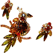 Verified D&E Juliana Rhinestone  Bird Figural with Matching Earrings