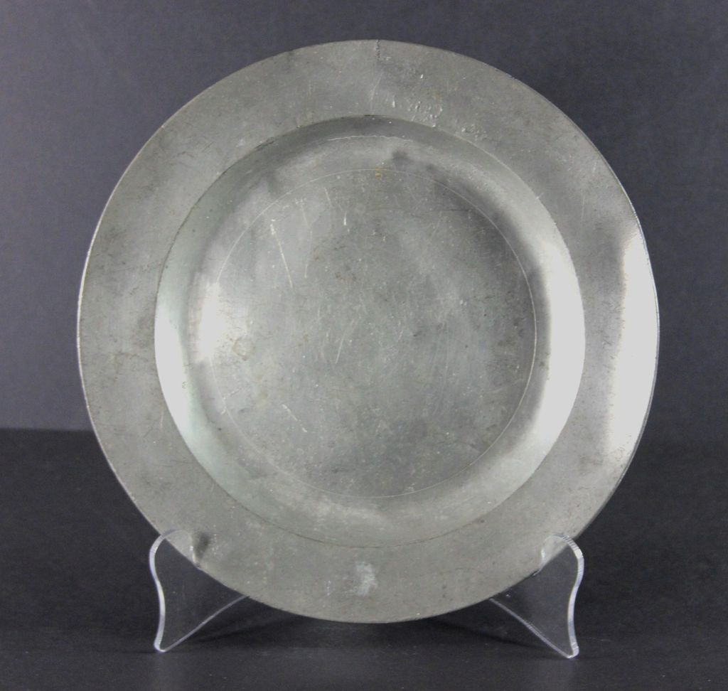 Antique Pewter Plates : Antique london hallmarked english pewter plate from