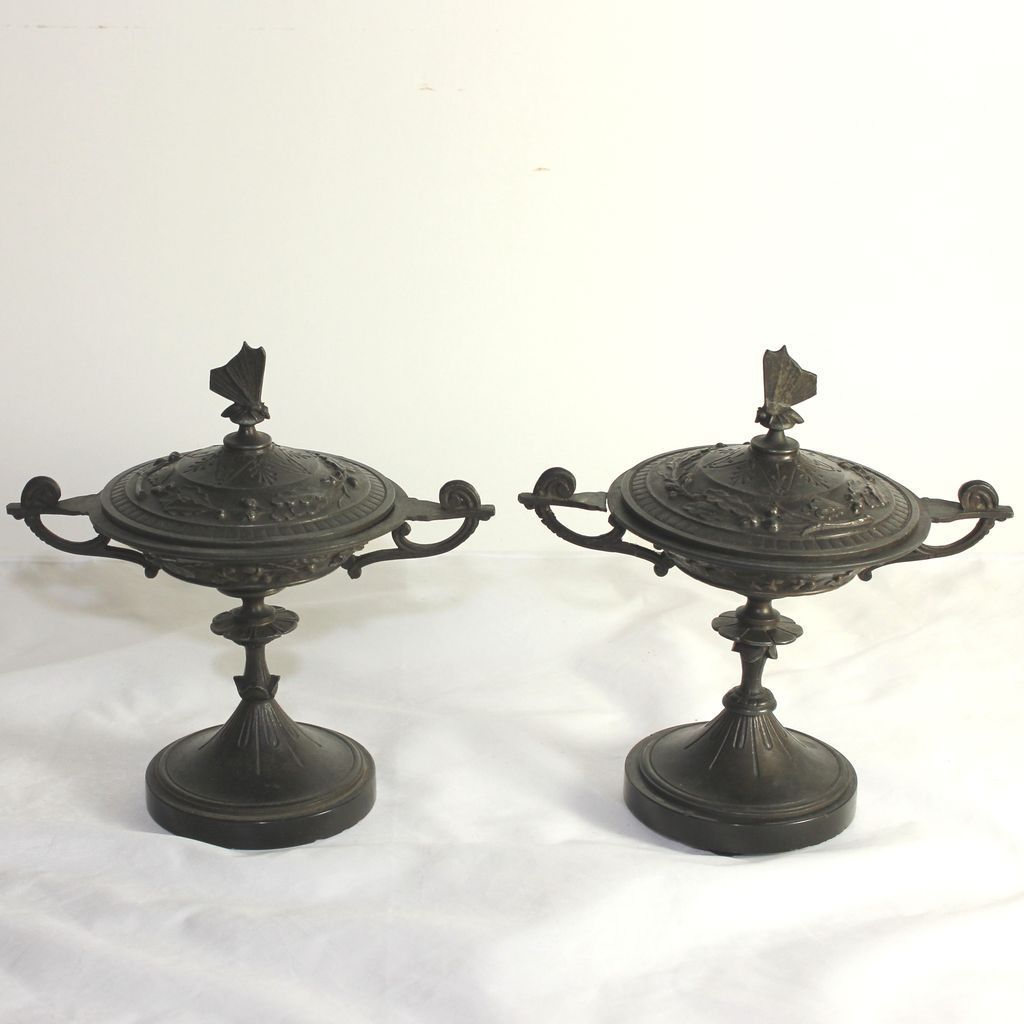 Pair of antique French Napoleon III bronze cassolettes, urns with butterfly lid