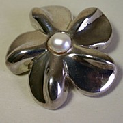 Vintage Modernist Flower Power Sterling Silver Pin, Brooch