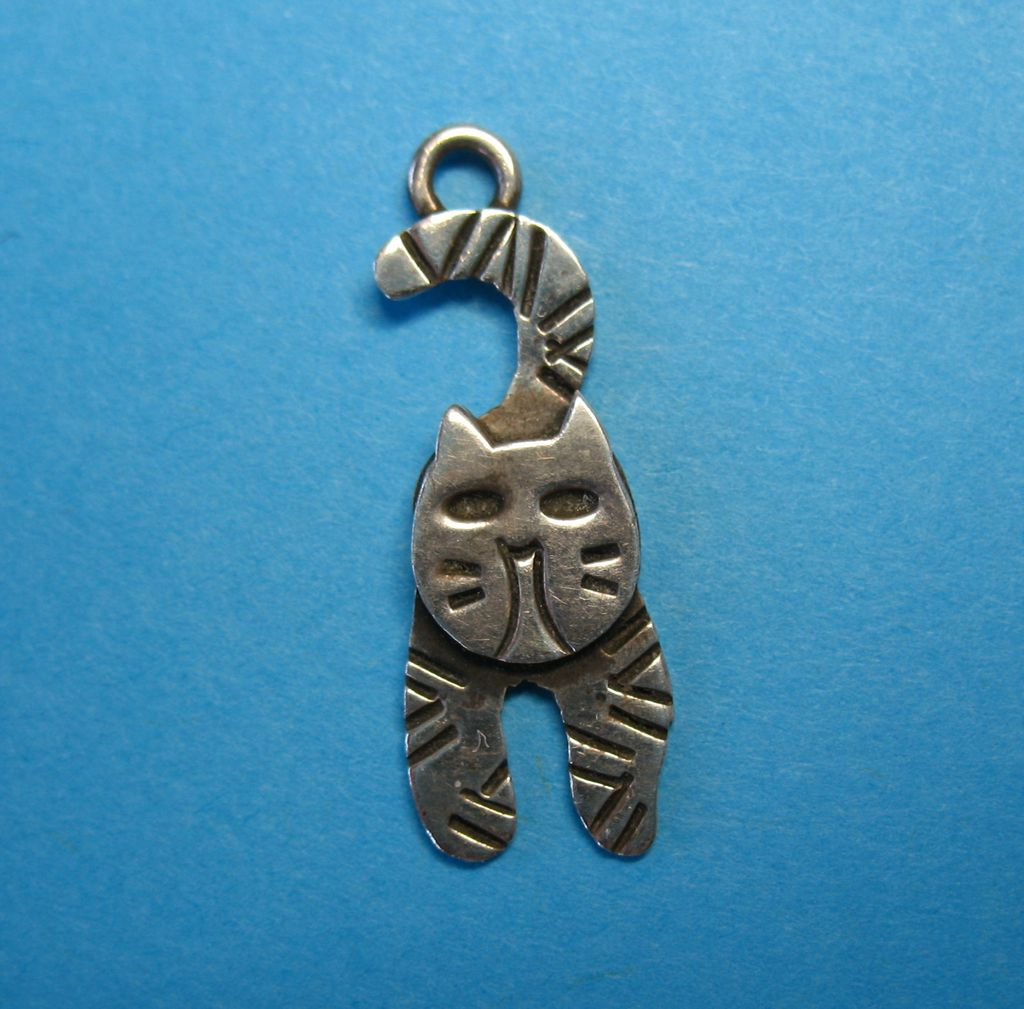 Vintage Sterling Silver Cat Charm - So Cute!