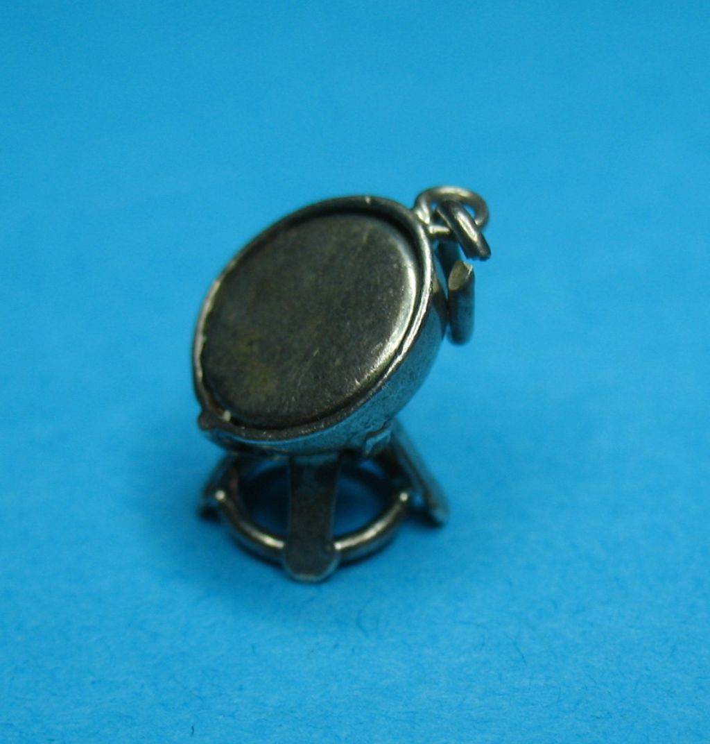Rare Vintage Sterling Silver Musical Steel Drum Or Search Light Charm