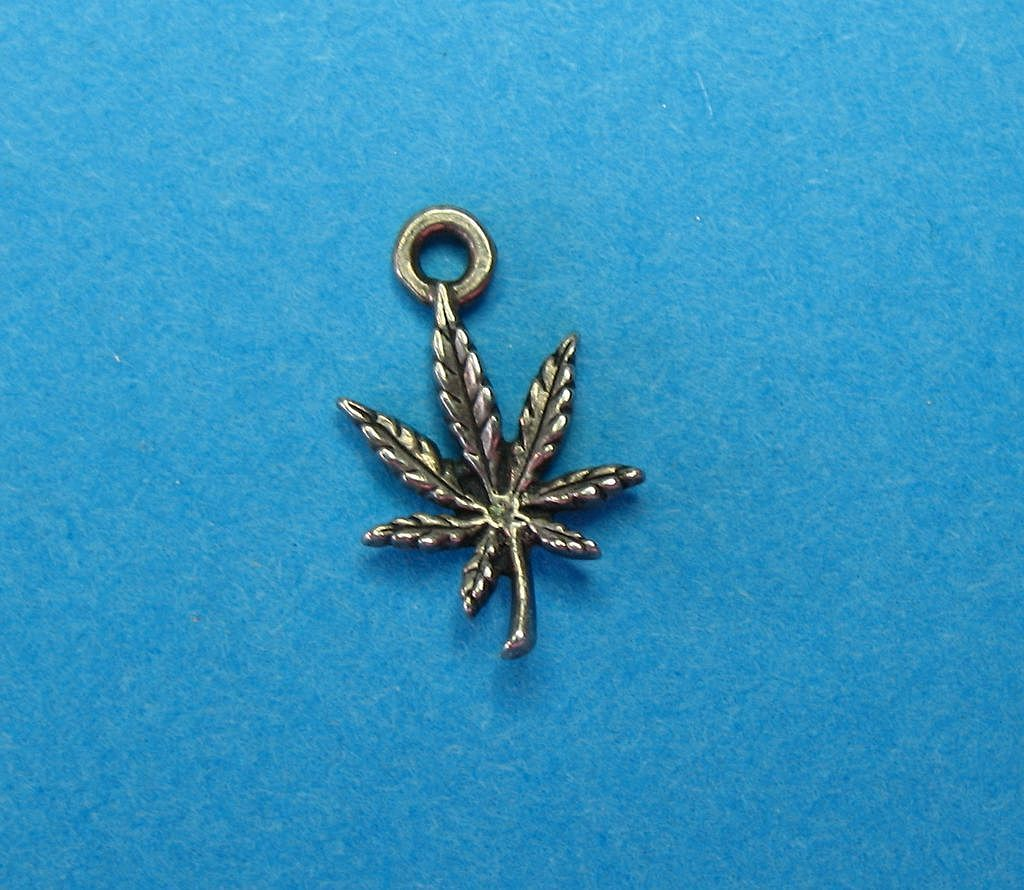 Vintage Sterling Silver Tiny Fern Plant Charm