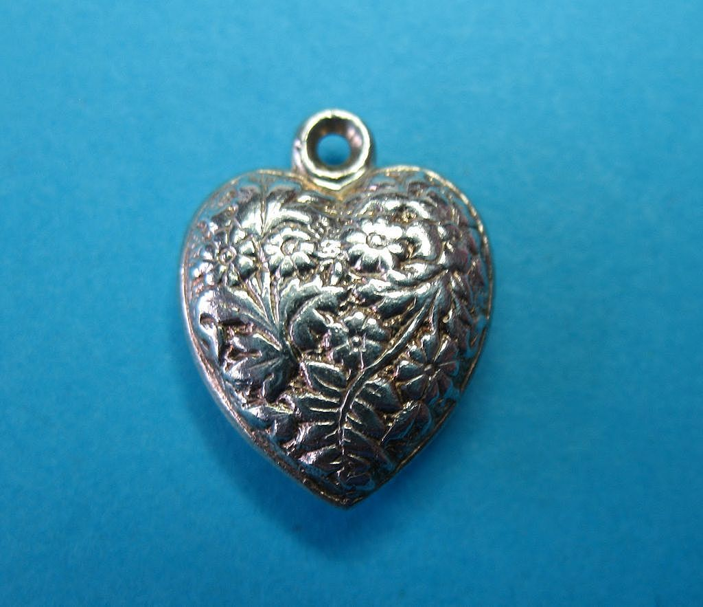 Vintage Sterling English Double Sided Daisy Floral Puffy Heart Charm