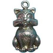 Vintage Sterling Silver Sitting Cat Charm
