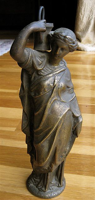 statue of greco roman woman from justsouthofnowhere on