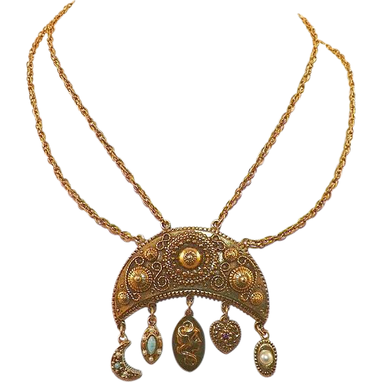 Vintage Unsigned Goldette Necklace With Hanging Charms