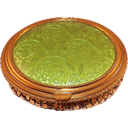 Vintage Green Compact With Gold Mesh Bottom