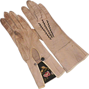 Victorian Kid Leather Gloves With Tambour Embroidered Cuffs
