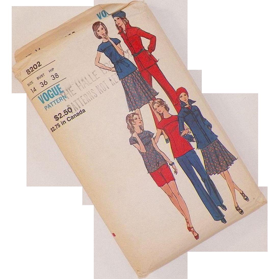 Vintage 1960's Vogue Pattern Uncut Jacket Blouse Skirt Pants Shorts