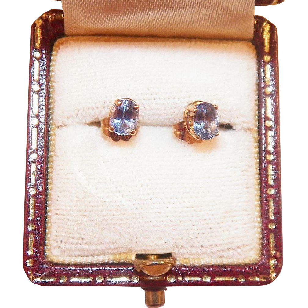 Vintage 14K Gold Ceylon Sapphire Pierced Earrings