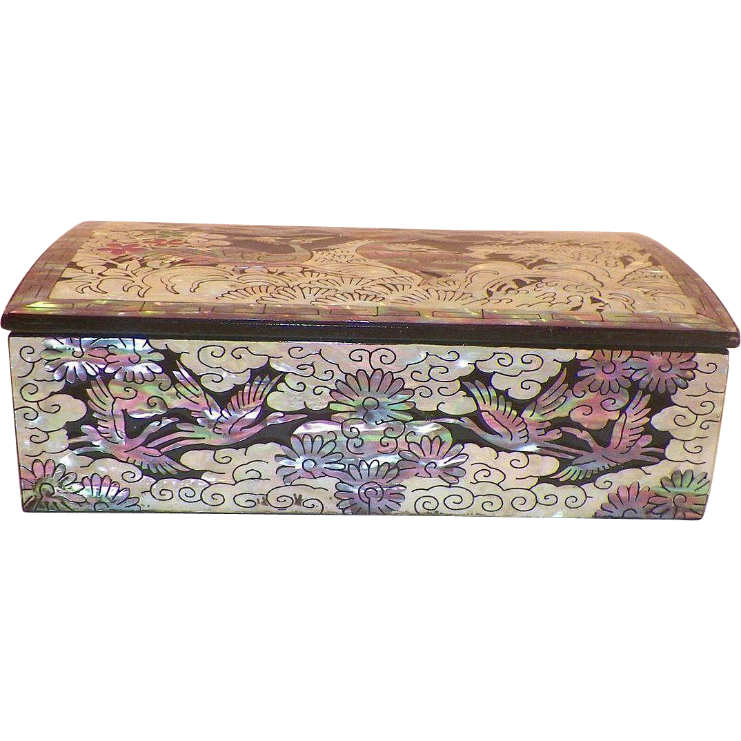 Korean Lacquer Box With Inlaid Abalone Flying Cranes