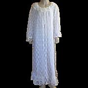 Vintage 1960's Ilise Stevens White Nylon Lace Peignoir