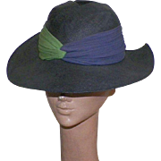 1930's Navy Blue Straw Hat With Crepe Chiffon Ribbon