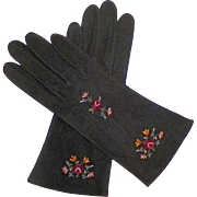 Vintage French Black Suede Gloves With Tambour Embroidery Never Worn