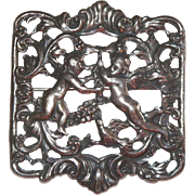 Guglielmo Cini Sterling Pin With Winged Cherubs and Bird