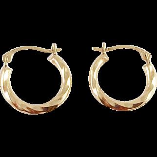 14K Gold Small Twisted Hoop Earrings Israel