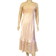 1930's Beige Silk Full Slip With Chantilly Lace