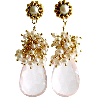 Rose Quartz Cultured Seed Pearl Cluster Earrings - Pétales de Rose III Earrings