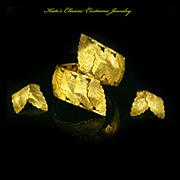 Vargas Clamper Bracelet & Earrings – Gold Tone Leaves – late 40s/50s