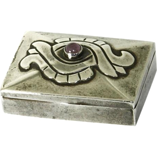 Damaso Gallegos unsigned .980 Silver and Amethyst Small Box – Pill Box –Taxco Mexico – 1940s
