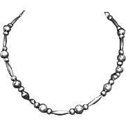 Vintage Navajo Sterling Silver Bench Bead Necklace – Native American