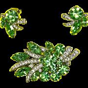 Eisenberg Ice Gorgeous Green Rhinestone Pin and Earrings – Pave Ribbon