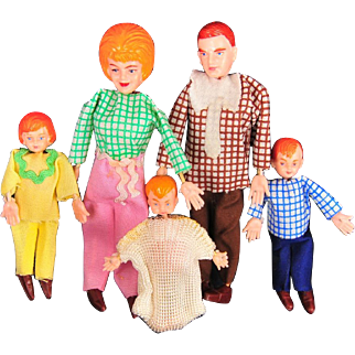 Marx Twistoys Dollhouse Doll Family, Five Dolls, 1970s, Mint in Original Box