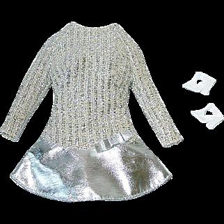 Vintage 1969 Barbie Fashion ~ #1885 SILVER SPARKLE Mint W/Rare Clear T Straps