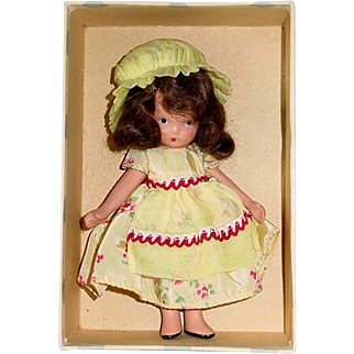 Nancy Ann Storybook ~ #118 LITTLE MISS MUFFET ~ Jointed Leg Yellow Version ~ Mint in Box