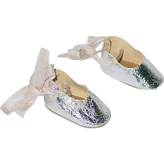 Vintage 1950s Ginny or Muffie Silver Ballet Slippers Shoes