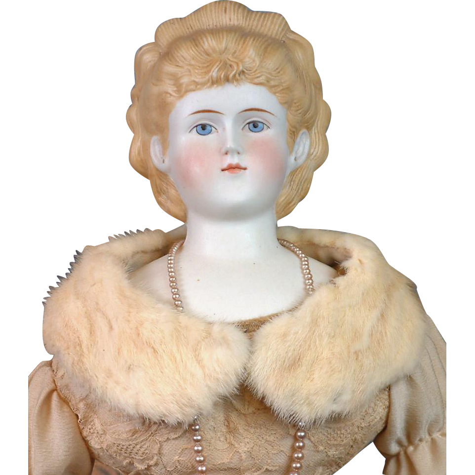 Exquisite & Luscious Cream Mink Fur Shawl for China, Parian, or Fashion Lady -- Fabulous Condition