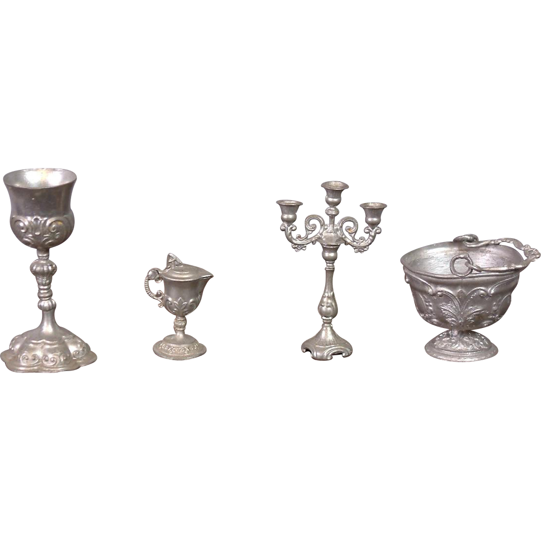Hard to Find 5-Piece Set of Soft Metal Pewter Dollhouse Miniatures Antique c.1908