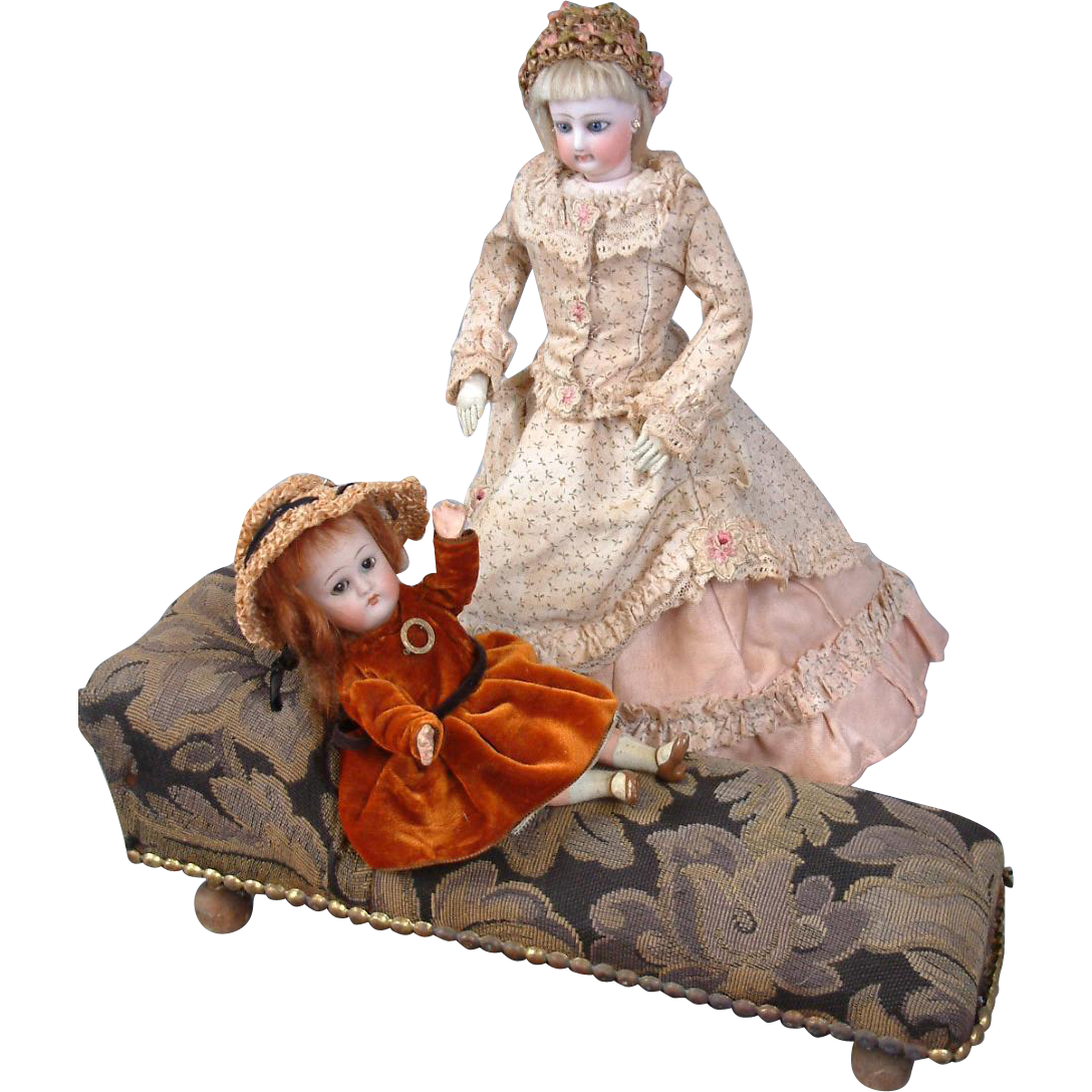 Beautiful Rare Antique Doll Fainting Couch --  All Original Furniture Piece