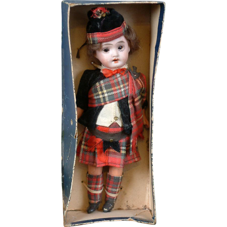 "ALL ORIGINAL Petite 7.75"" Antique German ""Highland Dressed Doll"" Original in Box"
