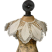 Stunning Hand-Crocheted Collar c.1895 for Fashion or China Lady