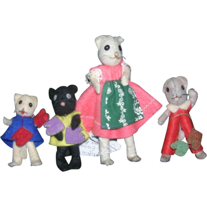Vintage German BAPS Mother & 3 Little Kittens that lost their Mittens Set of Dolls
